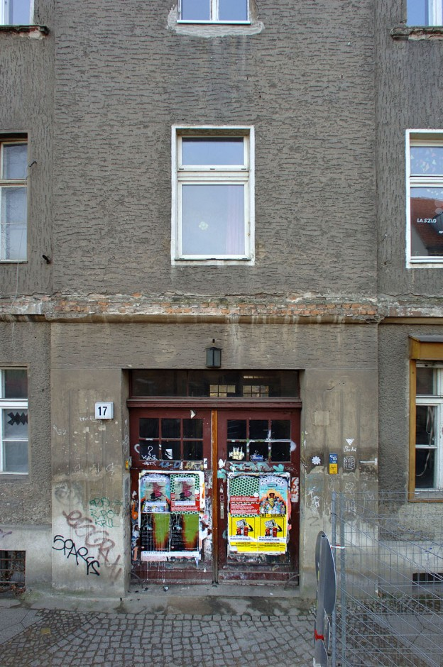 4-Berlin-Biennale-Private-Apartment-Auguststrasse-17